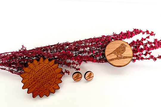 Katie Alleva, wooden earrings and brooches